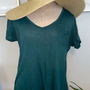 Tillys v neck green tank